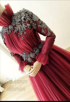 Hijab Style Dress, Casual Hijab Outfit, Modest Fashion, Hijab Fashion, Fashion Dresses, Muslim Girls, Muslim Women, Simple Hijab, Muslim Dress
