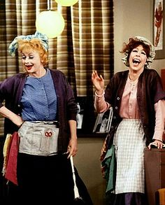 """Lucille Ball and Carol Burnett performing """"Chutzpah"""" in - A Carol Burnett special. Originally broadcast on CBS, January Choi Choi Cossey via Pam Runge I Love Lucy, Lucille Ball, Classic Hollywood, Old Hollywood, Queens Of Comedy, Lucy And Ricky, Desi Arnaz, Carol Burnett, Celebs"""