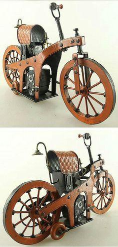 Первый мотоцикл в мире ,сделанный Mercedes Benz, 1885 год #first #bike
