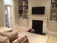Playroom/ family room Farrow and ball shaded white and wimbourne white woodwork