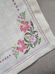 The most beautiful cross-stitch pattern - Knitting, Crochet Love Cross Stitch Letters, Cross Stitch Borders, Cross Stitch Samplers, Cross Stitch Flowers, Modern Cross Stitch, Cross Stitch Designs, Cross Stitching, Embroidery Stitches, Embroidery Patterns