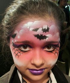 Face Painting - Halloween - using stencils Mais Girl Face Painting, Face Painting Designs, Painting For Kids, Paint Designs, Body Painting, Face Painting Halloween Kids, Bat Face Paint, Witch Face Paint, Face Paint Makeup