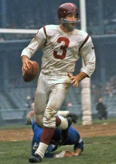 Football Images, Football Pictures, Sports Photos, Football Uniforms, Sport Football, Soccer, Nfl Highlights, Nfl Redskins, Vintage Football