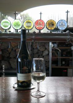 Wine Tasting Cape Point Vineyards - Sauvignon Blanc 2016.