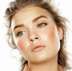 Alice Kastrup - Photo - Fashion Model - Natural Makeup