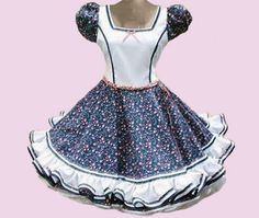 Huasa chilena, Vestidos de china! Square Skirt, Kylie, Cinderella, Vintage Outfits, Ballet, Disney Princess, Skirts, Square Dance, Clothes