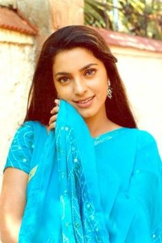 View Portfolio Pics Pics on ETimes Photogallery Most Beautiful Bollywood Actress, Beautiful Actresses, 90s Fashion, Indian Fashion, Hollywood Actresses, Actors & Actresses, Juhi Chawla, Indian Movies, Bollywood Stars