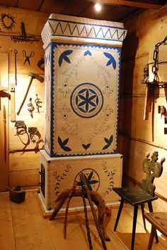 Zakopane Style Museum in Zakopane (Poland) - Gąsieniców Sobczaków Cottage - road… Post War Era, Polish Folk Art, Old Stone Houses, Vintage Stoves, Flower Of Life, Krakow, Sacred Geometry, Art Decor, My Heritage