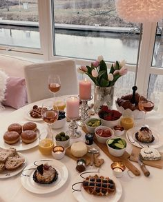 Breakfast Of Champions, Recipe Of The Day, Table Settings, Meals, Table Decorations, Furniture, Home Decor, Decoration Home, Meal