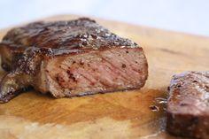 Bagi Anda penggemar steak yang senang makan di restoran, Anda pasti sudah mengetahui tipe potongan daging dan tingkat kematangan dari daging steak yang ingin An