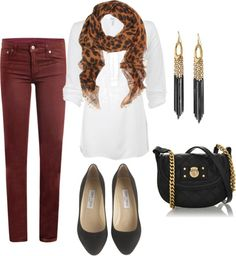 Work to after work seamlessly. I like the longer top paired with fitted skinnies. Great earrings.