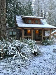 Rebbecca used Pioneer Log Siding on the exterior of her charming little log cabin that she built herself. home exterior, Rebbecca's Cabin in Winter Winter Cabin, Cozy Cabin, Winter Mountain, Little Log Cabin, Little Home, Small Log Cabin Plans, Patio Grande, Log Siding, Plans Architecture