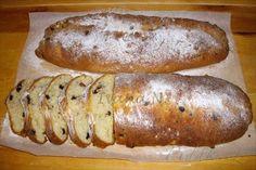 Obrázek z Recept - Sváteční tvarohová štola Pan Dulce, Easter Celebration, Thing 1, Christmas Cooking, Easter Recipes, Hot Dog Buns, Baked Potato, Sausage, Food And Drink