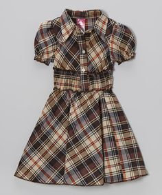 This cool frock offers a modern take on schoolgirl style. Its polo collar, shirred waist and stretchy sleeves combine to create a super-savvy silhouette perfect for picture day and special visits.