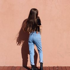 High waisted jeans here!