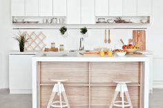 7 tipov, ako zariadiť malú kuchyňu - tlacovespravy.sme.sk Malu, Minimalism, Interior Design, Kitchen, Furniture, Solution, Home Decor, Space, Products