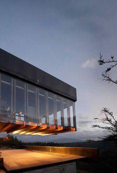 Algarrobos House by the Ecuadorian studios