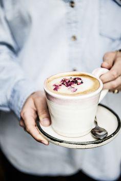 rose latte | issy croker photography.