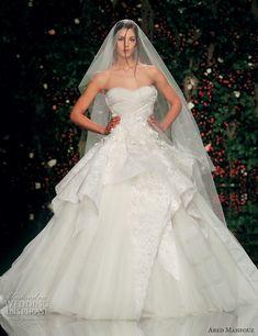 Breathtaking Abed Mahfouz wedding dress