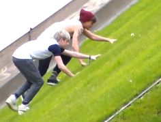 Here we have Lou and Niall climbing a hill!