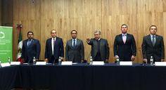 En sesión extraordinaria del Consejo de Coordinación para la Implementación, Evaluación y Seguimiento del Nuevo Sistema de Justicia Penal en Michoacán, rindió protesta el magistrado presidente del Supremo Tribunal de ...