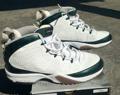 best cheap 96a8e 44716 Young Air Jordan IX Boys Shoe Summit White Metallic Green Donovan McNabb  Turf Trainer PE on eBay