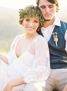 Photography: Brandi Smyth - www.brandismyth.com  Read More: http://www.stylemepretty.com/2015/03/08/mountain-top-elopement-shoot-featuring-becca-from-the-bachelor/