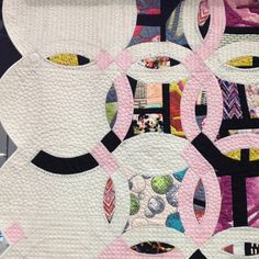Best in show winner. Double Edged Love made by Victoria Findlay Wolfe; quilted by Lisa Sipes. #quiltcon #quilting - @dritz_sewing- #webstagram