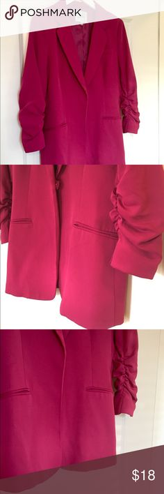 Audrey 3+1 Magenta Tailored Blazer w/Ruched Sleeve Structure of jacket is in very good condition and super cute for work or with jeans. The 3/4 Ruched sleeve adds super feminine touch. Minimal shoulder padding so jacket sits well. Some light stains on front side. I always wore jacket open so it wasn't obvious. Slight darker stain on back left under arm. Front button is loose and can be sewn back down. Made out of polyester and spandex Audrey 3+1 Jackets & Coats Blazers