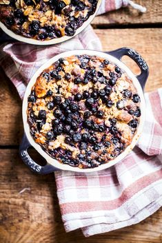 Baked oatmeal with blueberries - blueberries contain a wide range of brain-boosting compounds that help protect brain from oxidative stress. Oats are also great for supplying a good source of glucose which keeps the brain going throughout the day.