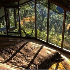 Cozy cabin loft in Blue Mountains Australia (i.it) submitted by to /r/CozyPlaces 0 comments original - Architecture and Home Decor - Buildings - Bedrooms - Bathrooms - Kitchen And Living Room Interior Design Decorating Ideas - Future House, Cabin Loft, Cozy Cabin, Cabins In The Woods, House In The Woods, House Goals, Dream Rooms, Dream Bedroom, Summer Bedroom