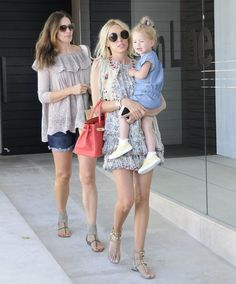 Tamara and Petra Ecclestone Enjoy Beverly Hills with Their Daughters - Celebrity Fashion Trends