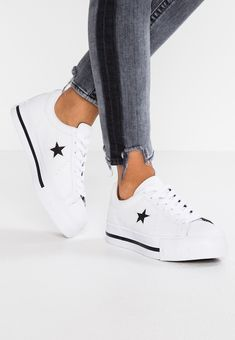 converse bianche chucks one star