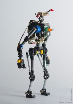 Miniature Toy Robots Made from Recycled Electronic Components Miniature Toy Robots Made from Recycled Electronic Components toys robots recyling by Portugese product designer Marco Fernandes