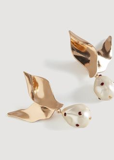 Pearl detail metallic earrings - f foEarrings Women | MANGO USA