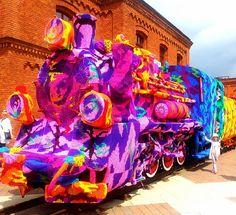Olek crochet covers locomotive train in Poland via Juxtapoz Crochet Coat, Crochet Yarn, Knitting Yarn, Graffiti, Yarn Bombing, Outdoor Art, Street Artists, Public Art, Urban Art