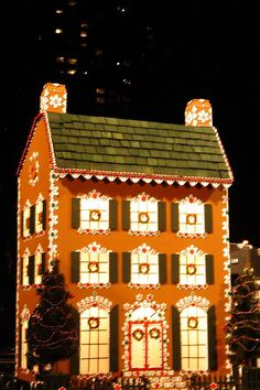 gingerbread house by chillbill, via Flickr