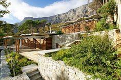 VDMMA Mountain House - backdrop of Table Mountain, Cape Town
