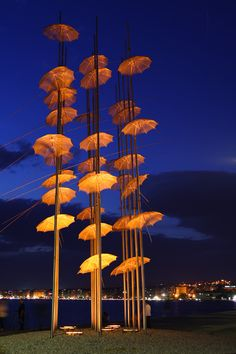 Art by George Zoggolopoulos and it stands on the New Promenade of the beautiful city of Thessaloniki. Intriguing art sculpture.