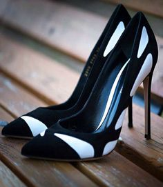 Nice shoes by Gianvito Rossi, I like the black and white motiv