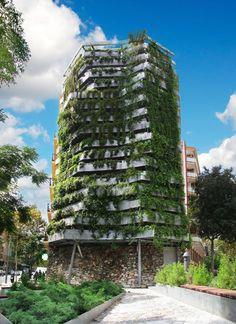 Vertikal: Grüne Fassade in Barcelona
