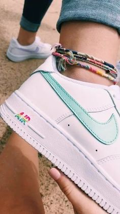 VSCO - that blew me up Lylahbelle - .- VSCO – das hat mich in die Luft gesprengt Lylahbelle – VSCO – that blew me up Lylahbelle – up - Sneakers Mode, Sneakers Fashion, Shoes Sneakers, Women's Shoes, Nike Shoes Air Force, Nike Air Force Ones, Air Force 1, Vsco, Aesthetic Shoes