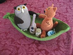 Ravelry: Owl and the Pussy Cat pattern by Alan Dart