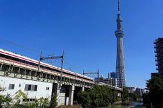 Limited Express Spacia & Ryomo come and go in front of Tokyo Sky Tree