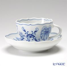 Meissen) Blue Onion cup and saucer 200cc