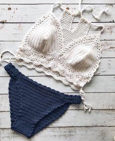 Fabulous Crochet a Little Black Crochet Dress Ideas. Georgeous Crochet a Little Black Crochet Dress Ideas. Motif Bikini Crochet, Tops A Crochet, Bikinis Crochet, Crochet Crop Top, Black Crochet Dress, Crochet Bathing Suits, Crochet Poncho Patterns, Crochet Fashion, Crochet Clothes