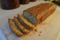 Gluten Free Recipes, Bread Recipes, Cake Recipes, Coconut Bread Recipe, Lchf, Keto, Banana Coconut, Healthy Treats, Recipe Using