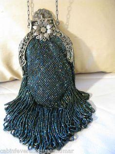 Vintage Beaded Purses | ... Victorian-Art-Nouveau-Filgree-Peacock-Green-Carnival-Glass-Bead-Purse