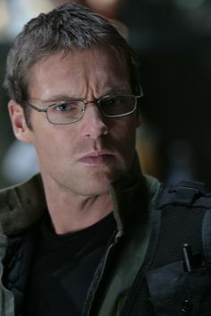 Geek Crush- Michael Shanks as Daniel Jackson-- yum! <----- this may have contributed to my desire to be a space anthropologist. Damn you sg1.