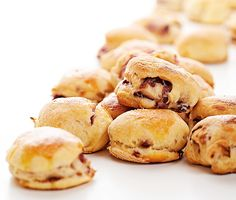 Hagymás pogácsa - Stahl.hu Pretzel Bites, Bread, Food, Steel, Eten, Bakeries, Meals, Breads, Diet
